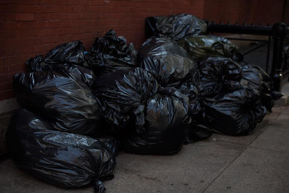 basura-NY; rubbish; garbage